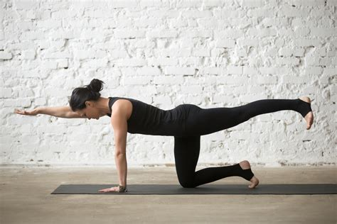 7 Yoga Poses For Post-pregnancy Weight Loss