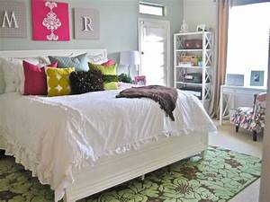 All White Bedrooms With Pops Of Color   www.pixshark.com ...