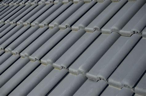 dachziegel aus kunststoff vorteile und tipps zum kauf