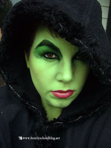 What A Witch Bsb Beauty News  Ee  Makeup Ee   Swatches And