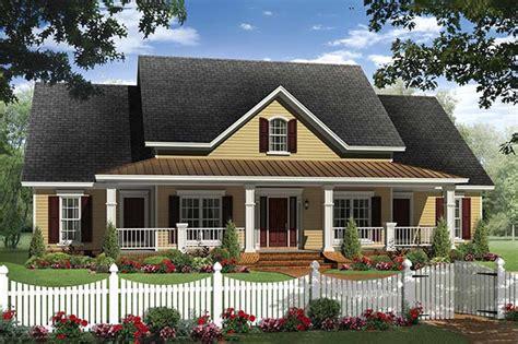 farm house plans one farmhouse style house plan 4 beds 2 5 baths 2336 sq ft