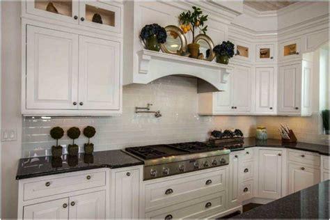 騁ag鑽e lumineuse cuisine cuisine carrelage metro idee faience cuisine chambre