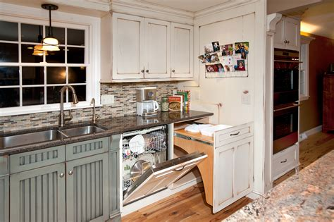kitchens with islands images best 25 white distressed cabinets ideas on 6631