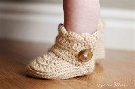 35 Cute Crochet Baby Booties Ideas You Can Easily Make Diy Lunch Box Ice Pack Canvas Painting Wall Art Chalkboard Paint Recipe Baking Soda Room Decor Picture Frames Inground Pool Concrete Block Leave In Conditioner For High Porosity Hair Outdoor Table Design Small Dog Bandana
