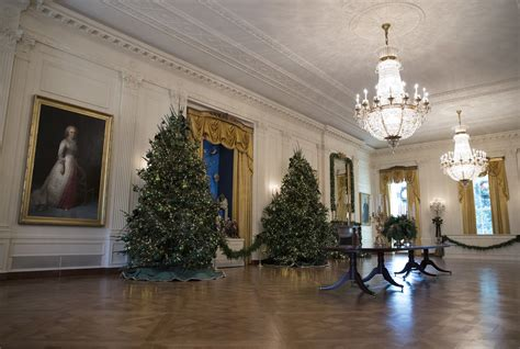trump target cnn  skip annual white house holiday party