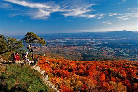 Top 8 Fall Color Road Trips In Arkansas
