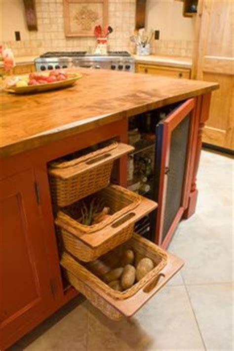 kitchen island with baskets kitchen island storage bins diy kitchen storage 5199