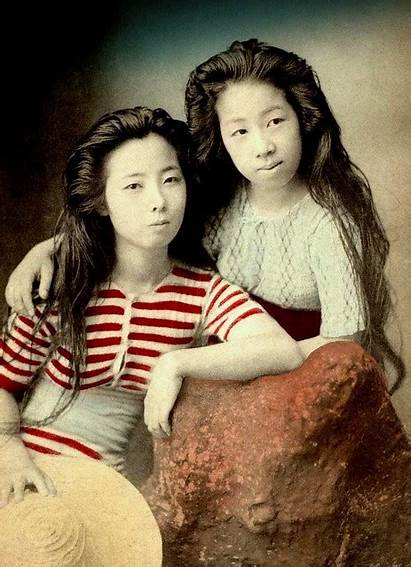 Geisha Japan Bathing Beauties Okinawa Po Couple