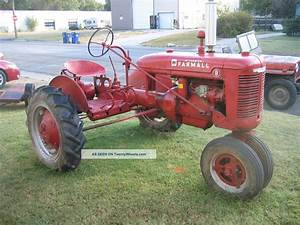 1940 Farmall B Tractor Older Restored Runs Drives Pto