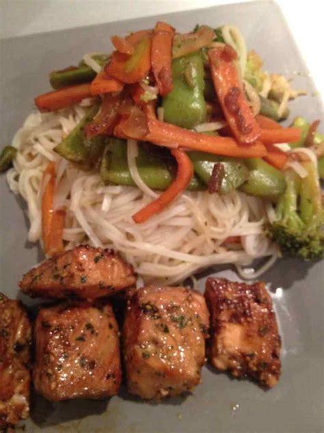 legumes cuisines wok de vermicelles de riz et légumes croquant cuisine