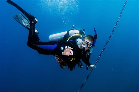 How To Scuba Dive - learn to scuba dive