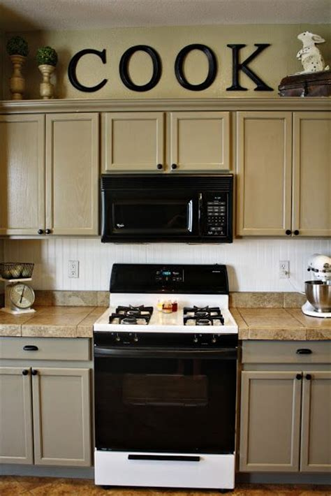 painting kitchen cabinets home depot 1000 ideas about kitchen walls on home 7339
