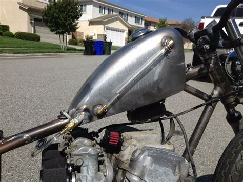 Low Tunnel Sportster Tank With Sight Gauge And Rear Bung