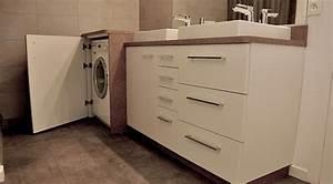 Un lave linge dans une petite salle de bain atlantic bain for Meuble de salle de bain avec machine à laver