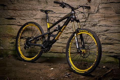 Five 170mm Enduro Mountain Bikes