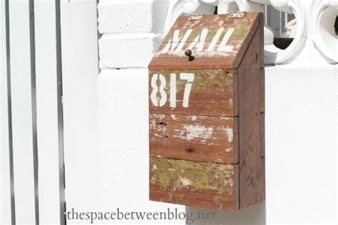 11 Ways To Diy Your Mailbox Cheap Diy Bedroom Projects Leather Clutch Pattern Sway Bar Disconnects Jeep Tj Sewing Home Decor Chalkboard Wall Calendar Shabby Chic Concrete Worktops Uk Organization