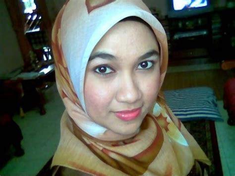 Cerita Dewasa Cd Wanita Super Cute Malaysian Muslim Girl S Lovely Big Boobs Pink