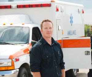 what does an ambulance driver do wannadrive
