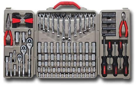 tool set alat alat kerja dan kunci bengkel ac mobil di
