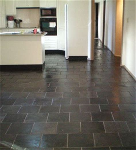 slate flooring in kitchen 30 best images about kitchens i don t like on 5315