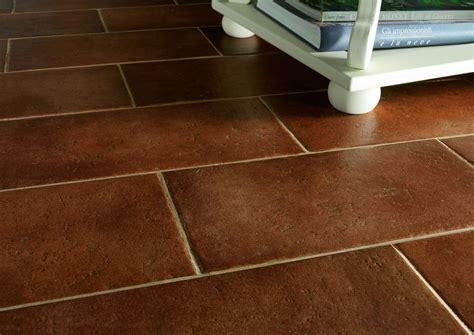 piastrelle per terrazze esterne cotto antico pavimentazioni interne ed esterne marazzi