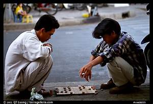Picture/Photo: Chinese Chess game. Vietnamese people can ...