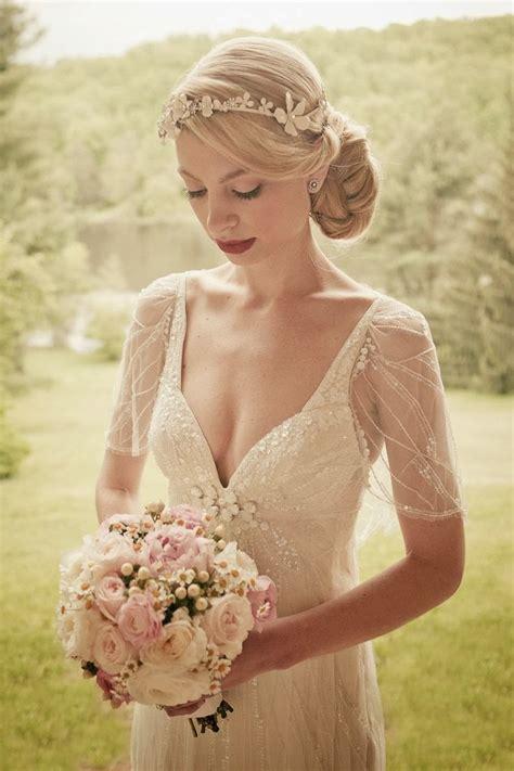 Whiteazalea Elegant Dresses: Simple And Elegant Vintage