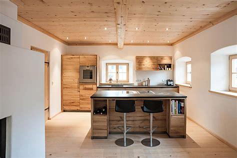 Einfamilienhaus Wohnkueche Mit Fruehstuecks Tresen by Risultati Immagini Per Holztrennwand Nat 252 Rlich Miniwohnung