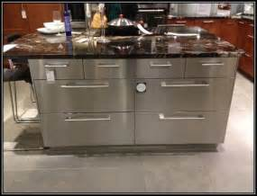 Steel Kitchen Island Stainless Steel Kitchen Island On Wheels Kitchen Home Decorating Ideas 5rmnrvkmdj