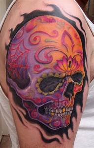 Colorful men's skull tattoo on shoulder - TattooMagz