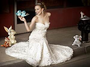 Disney offers 'Enchanted' wedding dress - NY Daily News