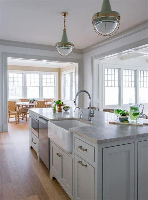 ben moore gray owl kitchen  quartzite countertop