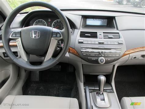 honda accord    sedan gray dashboard photo
