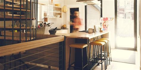 mobilier cuisine mobilier de cuisine design bois à hauteur d 39 homme jo yana