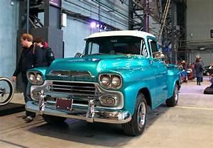 Pick Up Americain : camion pick up am ricain classique photo ditorial image du r tro sp cial 107455516 ~ Medecine-chirurgie-esthetiques.com Avis de Voitures