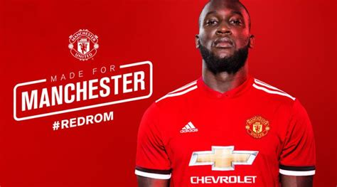 manchester united colors pictures romelu lukaku in manchester united colours for