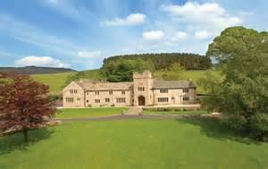 where do i register for my wedding house hayfield wedding venue