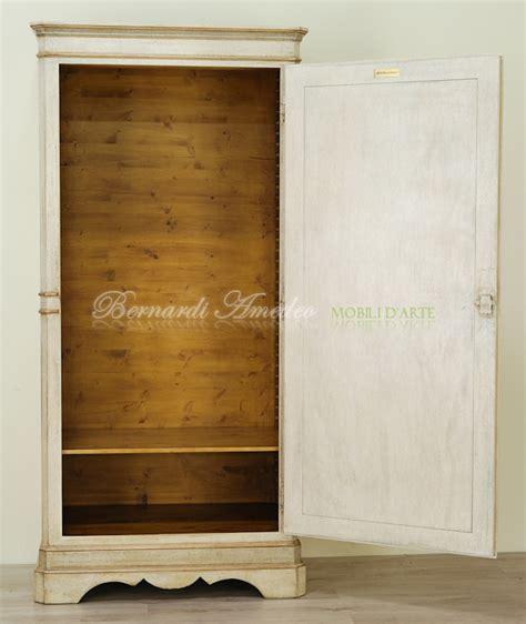 armadietti in legno armadietti decorati 5 armadietti