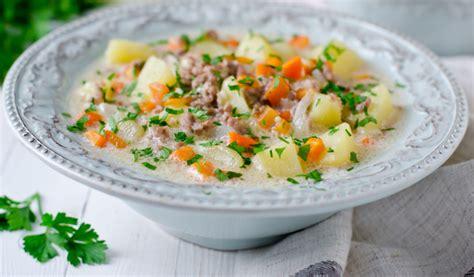 Receptes.lv - Krēmīgā dārzeņu zupa ar malto gaļu
