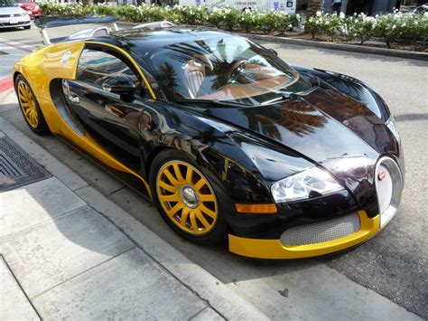 Bugatti Veyron On Rodeo Drive, Hollywood Jigsaw Puzzle In