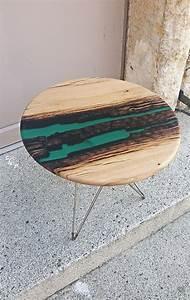 Table Resine Bois : beautiful resin wood design tables fubiz media ~ Teatrodelosmanantiales.com Idées de Décoration