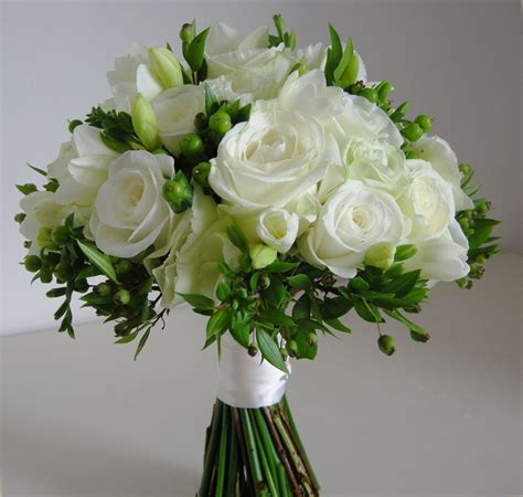 funny pictures gallery white  green flowers wedding