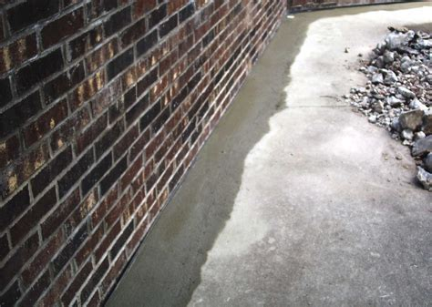 How To Stop Water From Coming Through Concrete Floor Do I
