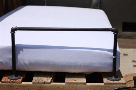 fabriquer canapé palette fabriquer salon de jardin en palette de bois tuto canapé
