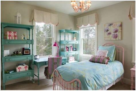 amazing kids room window treatment ideas