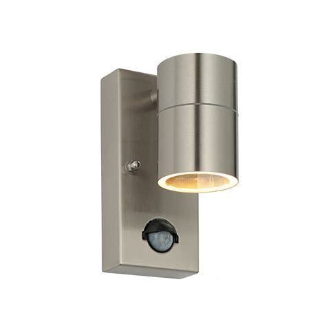 70431 palin pir outdoor wall light automatic
