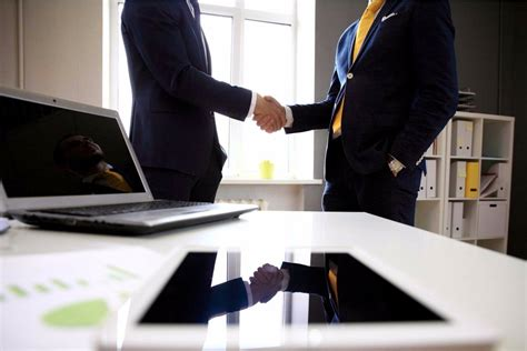 10 Essential Selling Skills for Sales Reps - SalesForce Search