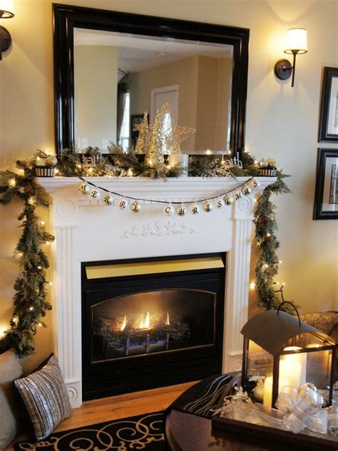 Decorating Ideas Above Fireplace by Tv Above Decorated Fireplace Fireplace Mantel