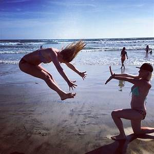 Cool beach pictures- funny pictures to take with your best ...