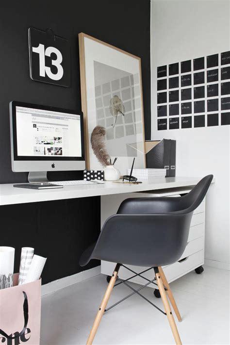 chaise bureau scandinave la chaise scandinave tendances à adopter archzine fr